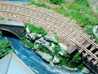 《週刊鉄道模型「少年時代」》鉄橋横の崖