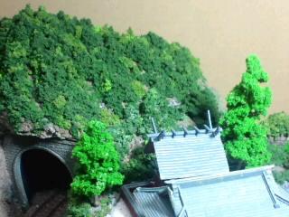 《週刊鉄道模型「少年時代」》トンネル山の植栽