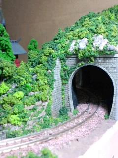《週刊鉄道模型「少年時代」》トンネルポータル周辺の緑